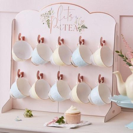 Dekorativer Tassenhalter